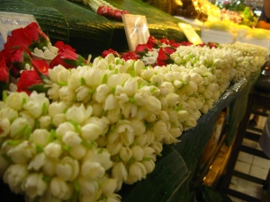 Puang Malai - Thai flower garland